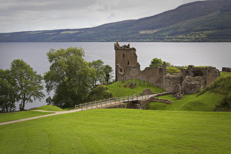 l'Ecosse : Château d'Urquhart photo stock