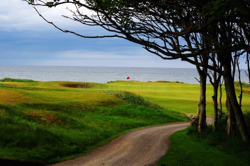 L'Ecosse lie le terrain de golf de style image libre de droits