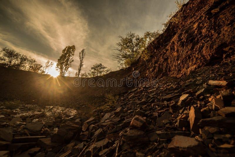 L'effondrement de la roche Coucher du soleil photo stock