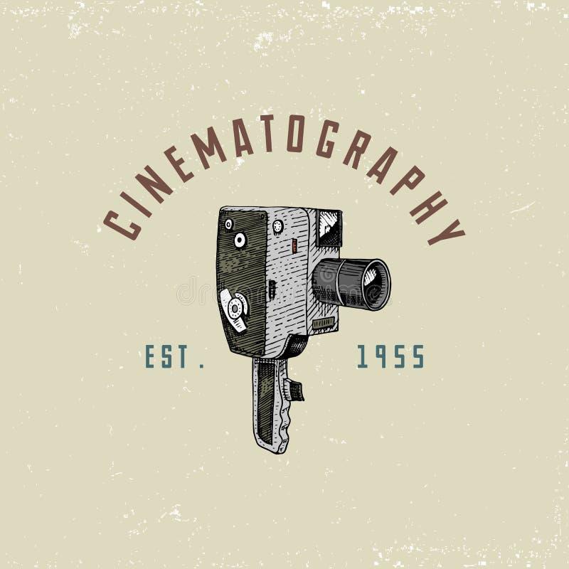 L'emblème de logo de photo ou le label, vidéo, le film, appareil-photo de film d'abord jusqu'maintenant au vintage, a gravé tiré  illustration stock