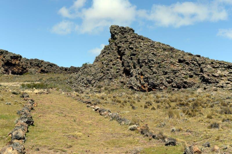 L'endroit habité par les tribus indiennes antiques en parc national Pali Aike images stock