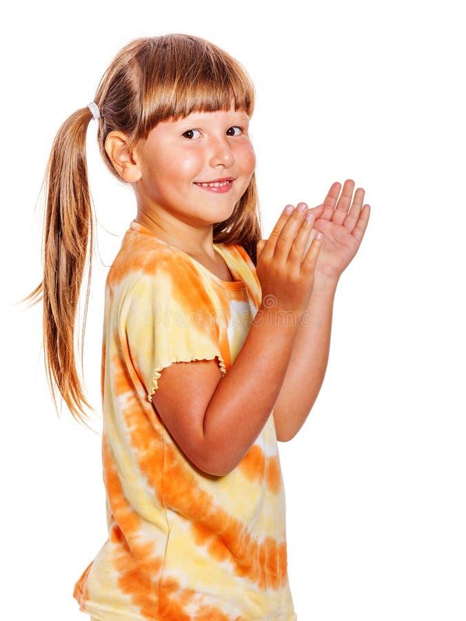 L'enfant heureux sautent image libre de droits