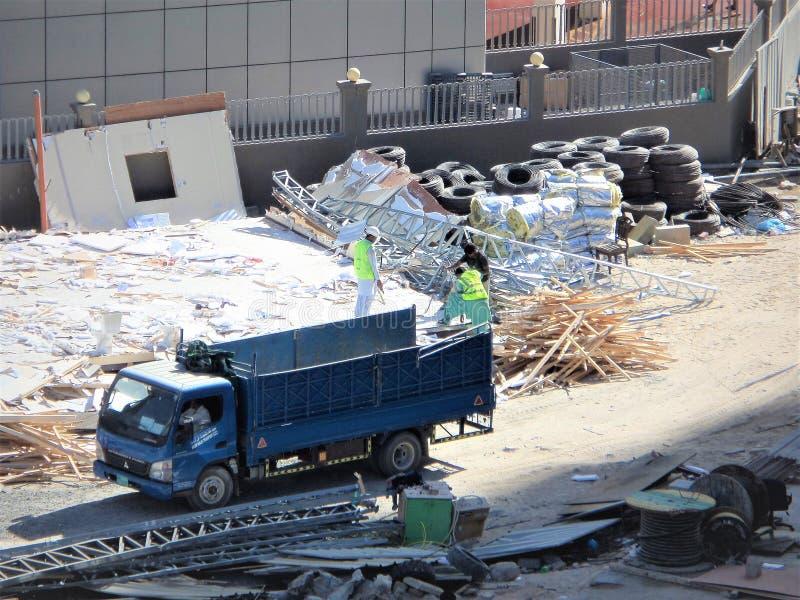 L'enlèvement de débris est une part importante du procédé entier de construction photo stock