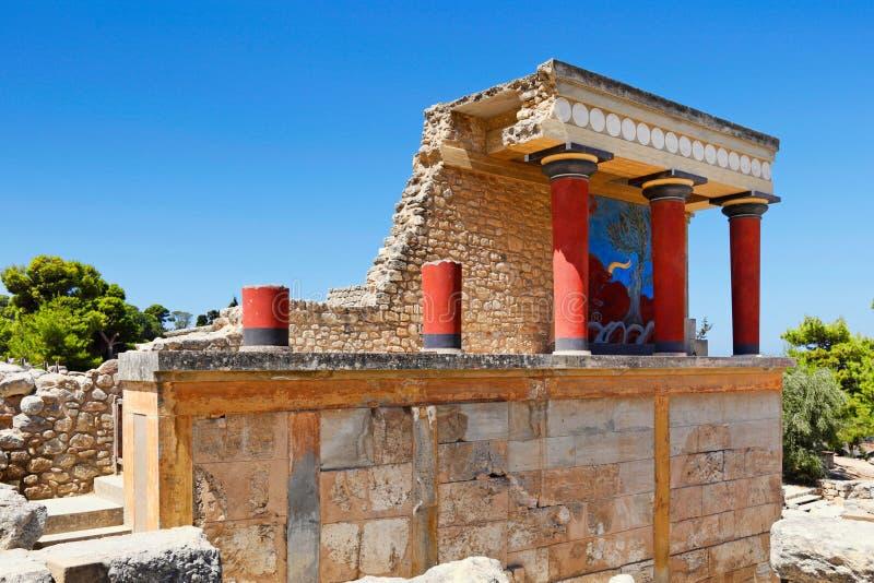 L'entrée du nord dans Knossos chez Crète, Grèce photographie stock libre de droits