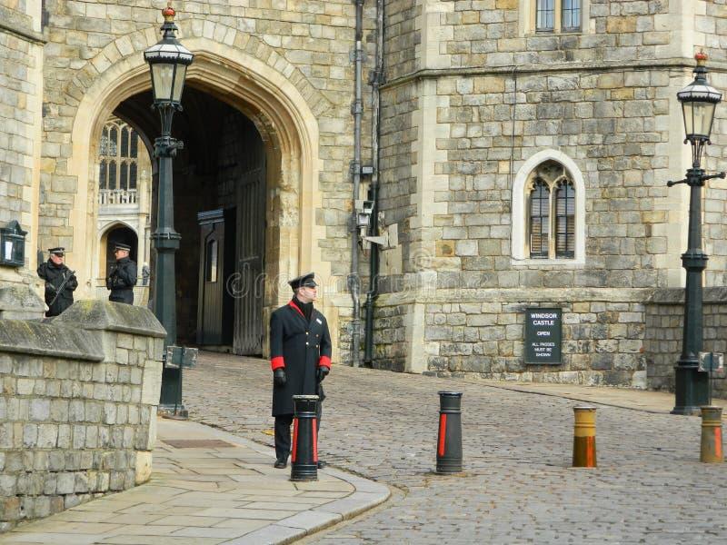 L'entrata a Windsor Castle in Windsor Berkshire fotografia stock libera da diritti