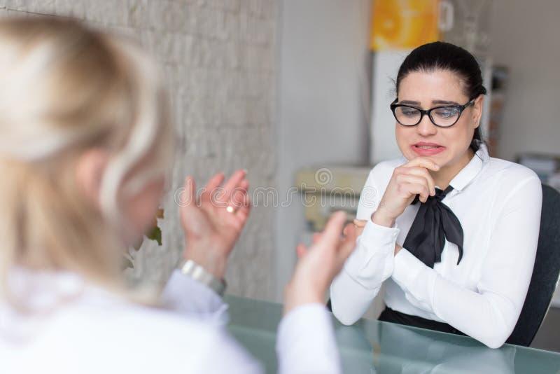 L'entrevue d'emploi va mal photos stock