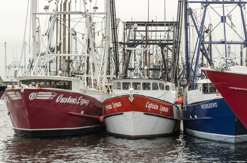 L'eredità di Gaston delle barche di pesca professionale, capitano Lyman e resiliente allineati fotografia stock libera da diritti