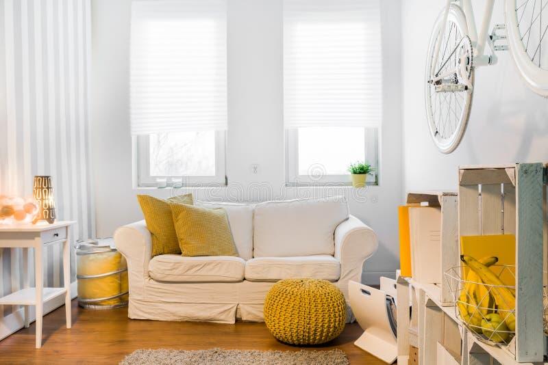 L'espace confortable idéal pour détendent photographie stock libre de droits