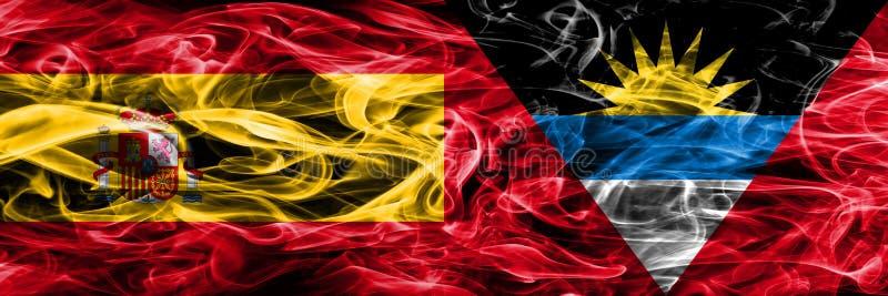 L'Espagne contre des drapeaux de fumée de l'Antigua-et-Barbuda placés côte à côte Th illustration libre de droits