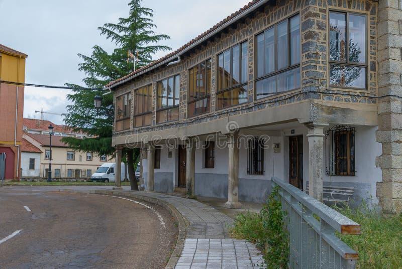 l'espagne Entrée à la ville de Cervera de Pisuerga Palencia photographie stock