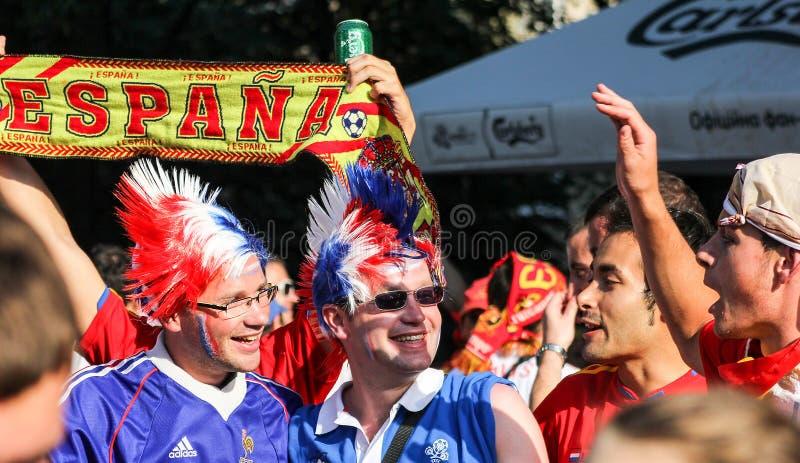 L'Espagne et les passionés du football français images stock