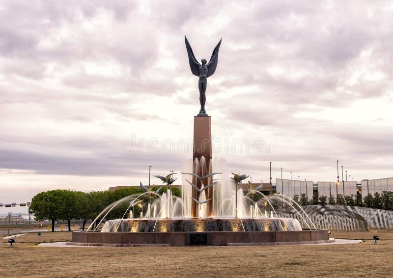 L'esprit du bronze de vol, champ d'amour, Dallas, le Texas photos libres de droits