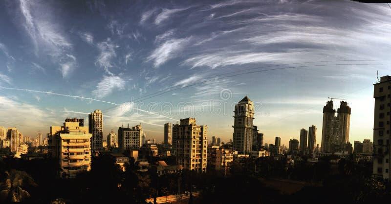 L'estate impressionante si appanna Mumbai India fotografia stock libera da diritti