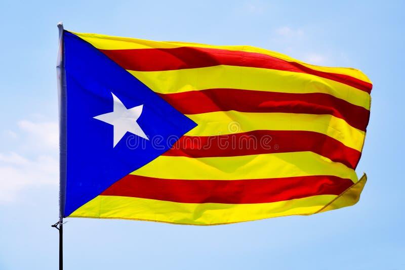 L'estelada, le drapeau catalan de la pro-indépendance photographie stock libre de droits