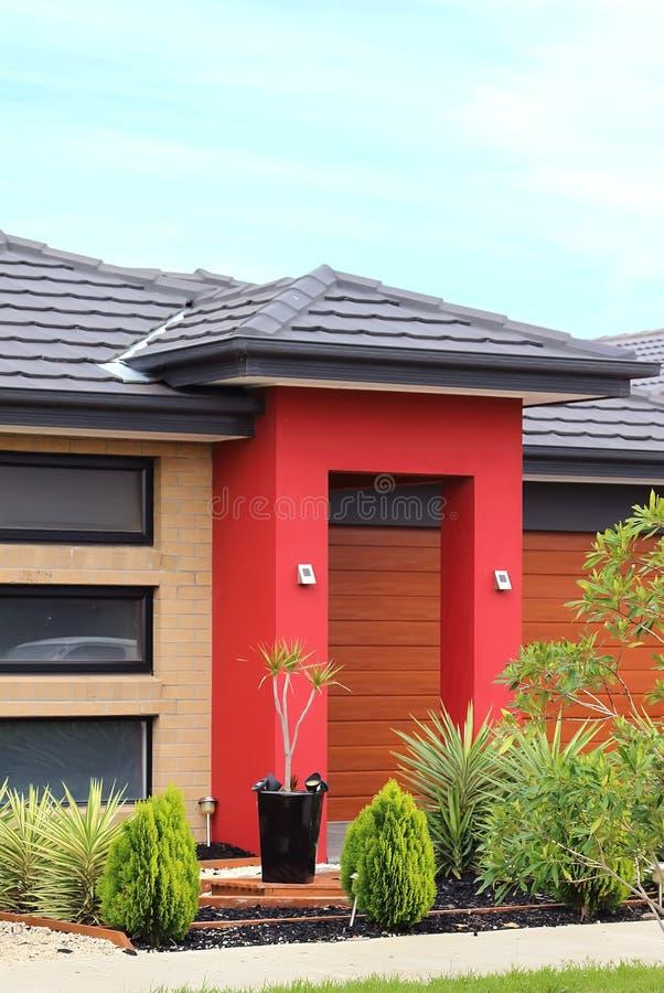 L'esterno moderno dell'architettura dettaglia l'immagine verticale fotografie stock