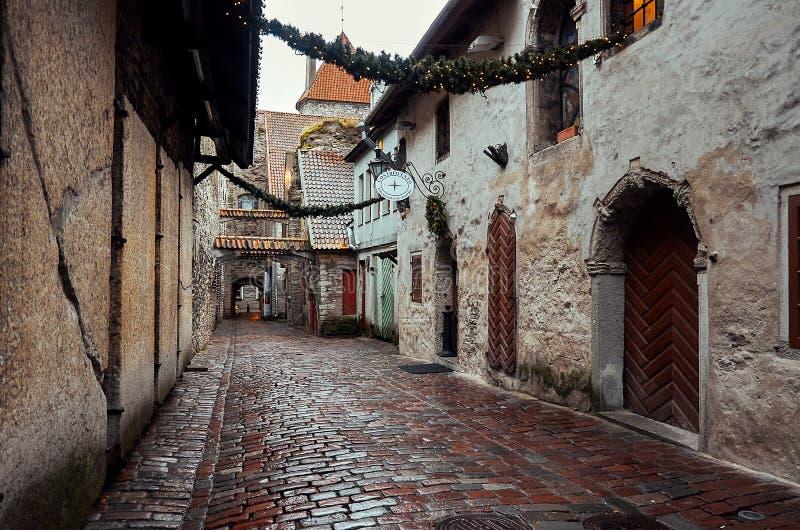 L'Estonia Vicolo Katarina in Città Vecchia di Tallinn 2 gennaio 2018 immagini stock libere da diritti