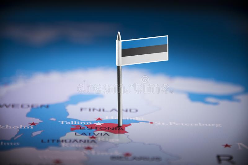 L'Estonie a identifié par un drapeau sur la carte images libres de droits