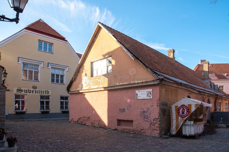 L'Estonie Tallinn Toompea, vieux bâtiments de ville photo libre de droits