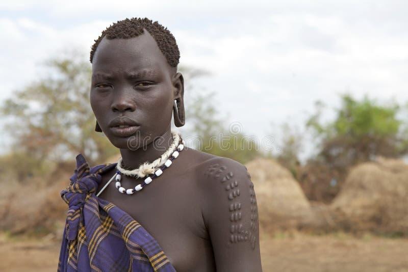 Femme de Mursi, Ethiopie image stock