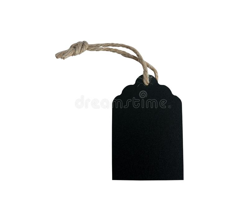 L'etichetta di legno nera dello spazio in bianco è legata con la corda marrone isolata su fondo bianco con i percorsi di ritaglio fotografia stock