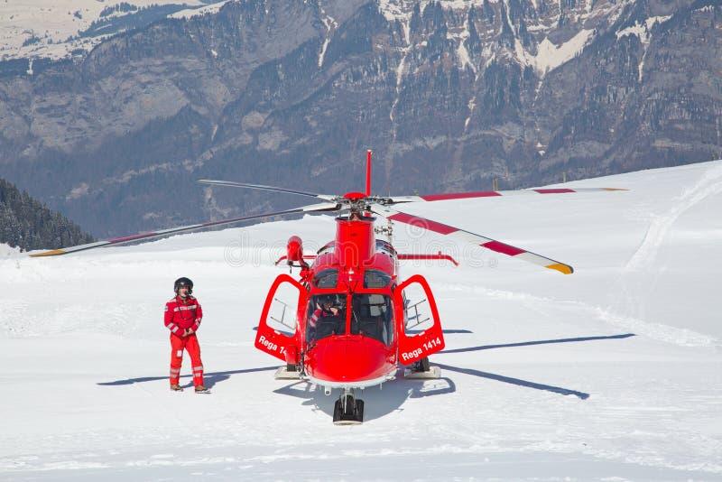 L'hélicoptère de délivrance photos stock