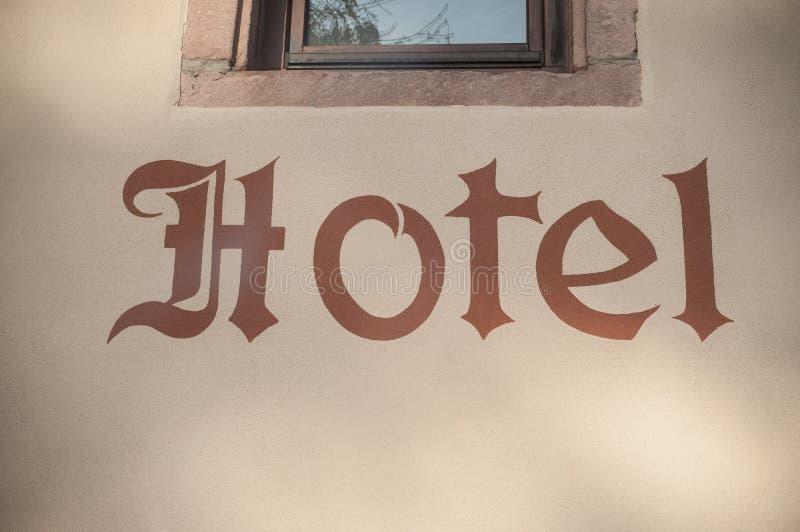 l'hôtel se connectent le mur lapidé images libres de droits