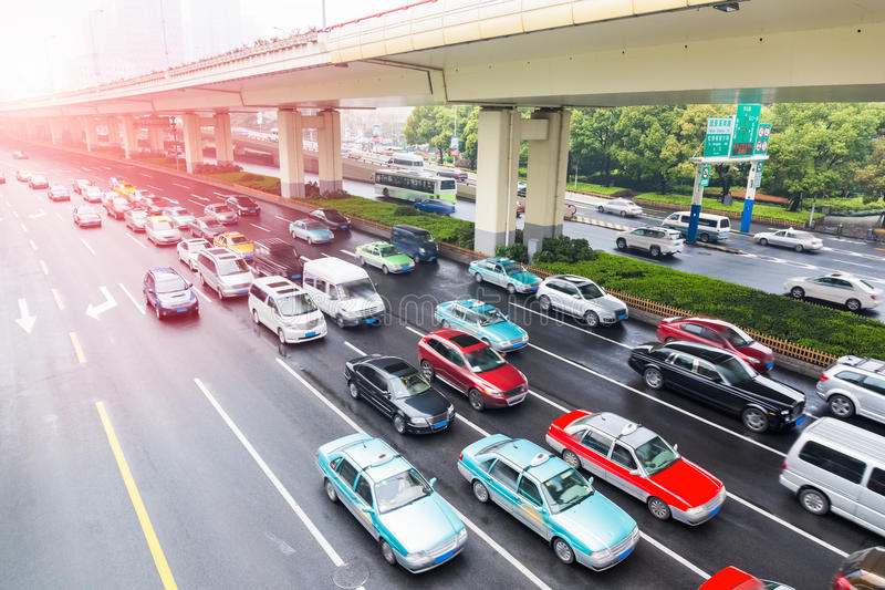 L'heure de pointe du trafic urbain photos libres de droits