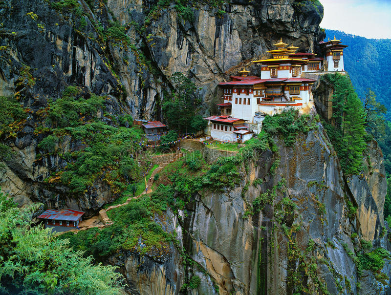 L'Himalaya, Thibet, Bhutan, Paro Taktsan, Taktsang Palphug Monaster image stock