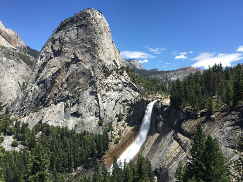 L'hiver chez Yosemite image libre de droits