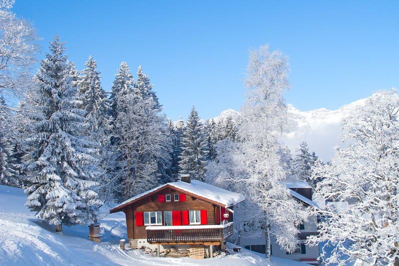 L'hiver dans les alpes images stock