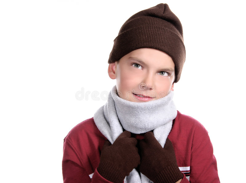 l'hiver de l'adolescence pré de sourire empaqueté de vêtement d'enfant photo stock