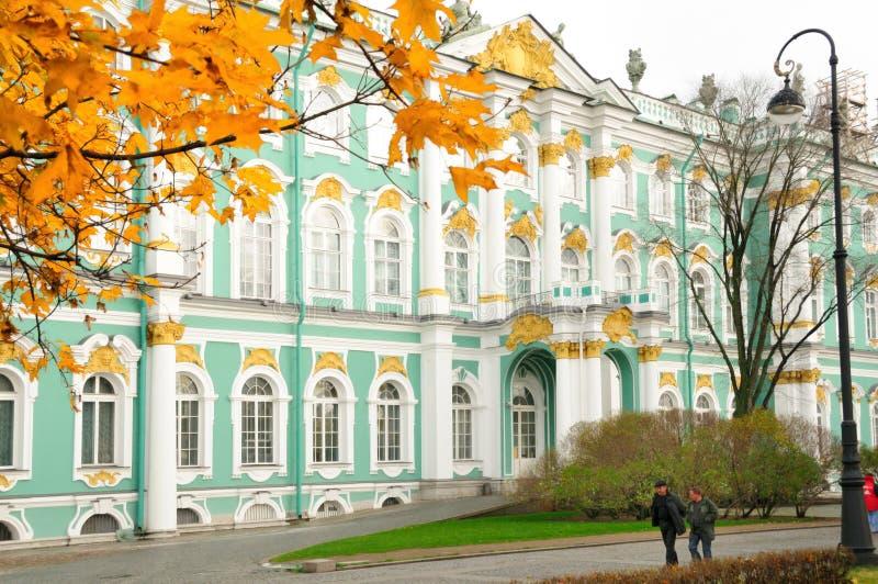l'hiver de rue de Pétersbourg Russie de palais d'ermitage photos stock
