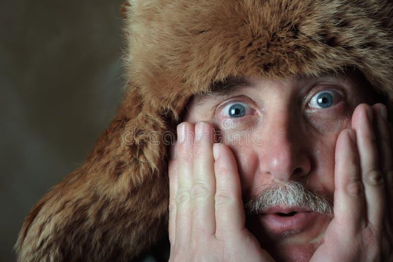 L'hiver de vieil homme photo stock
