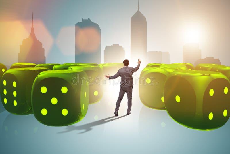 L'homme d'affaires pensant aux chances de réussite commerciale illustration libre de droits