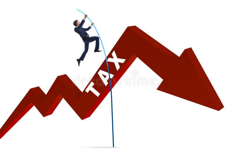 L'homme d'affaires sautant par-dessus l'impôt dans le concept de manière d'éviter de fraude fiscale illustration libre de droits