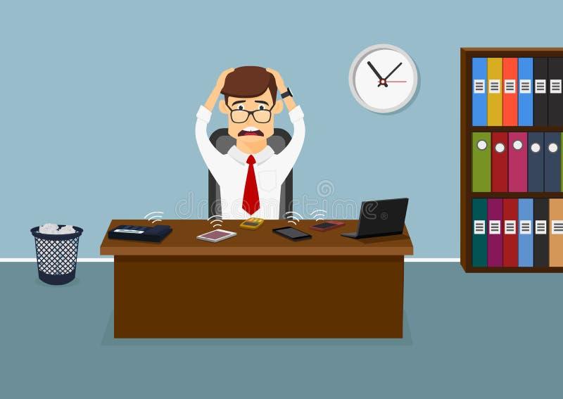 L'homme d'affaires stressant a les appels beaucoup téléphoniques image libre de droits