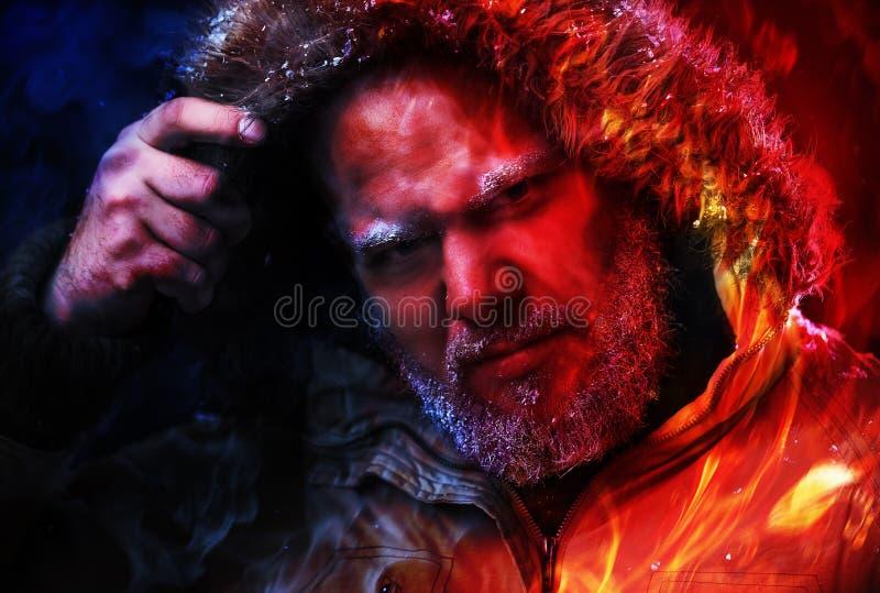 L'homme est barbe vous recherchent photo libre de droits