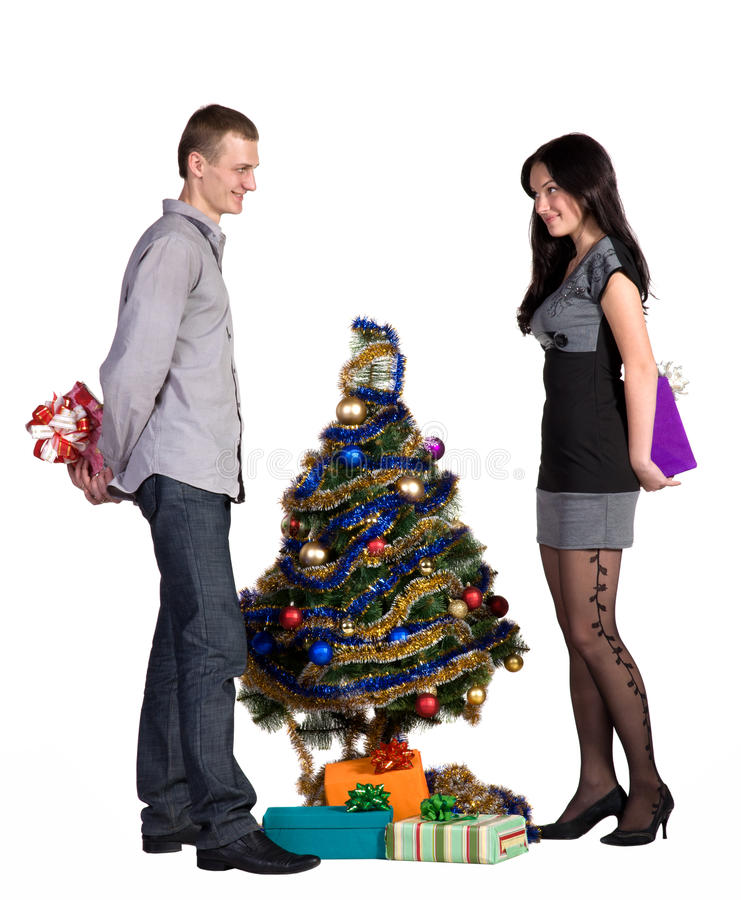 L'homme et la fille permutent des cadeaux images libres de droits