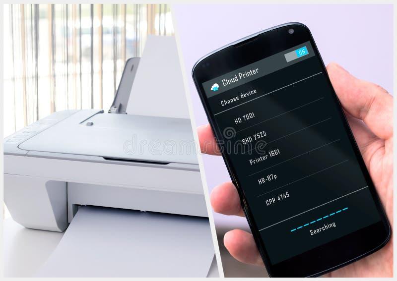 L'homme se relie à l'imprimante sans fil image stock