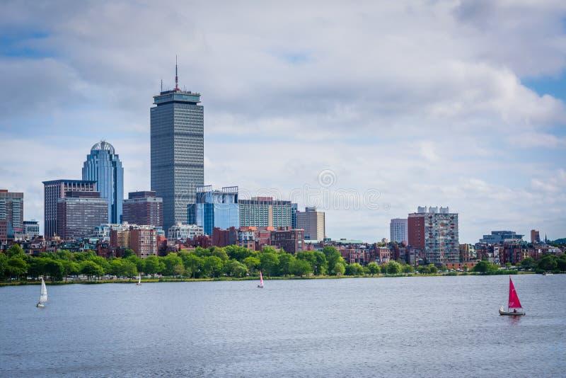 L'horizon de Charles River et de Boston, vu du Longfellow B photographie stock libre de droits