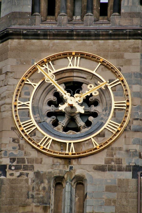 L'horloge sur le Kaiser Wilhelm Church à Berlin photographie stock libre de droits