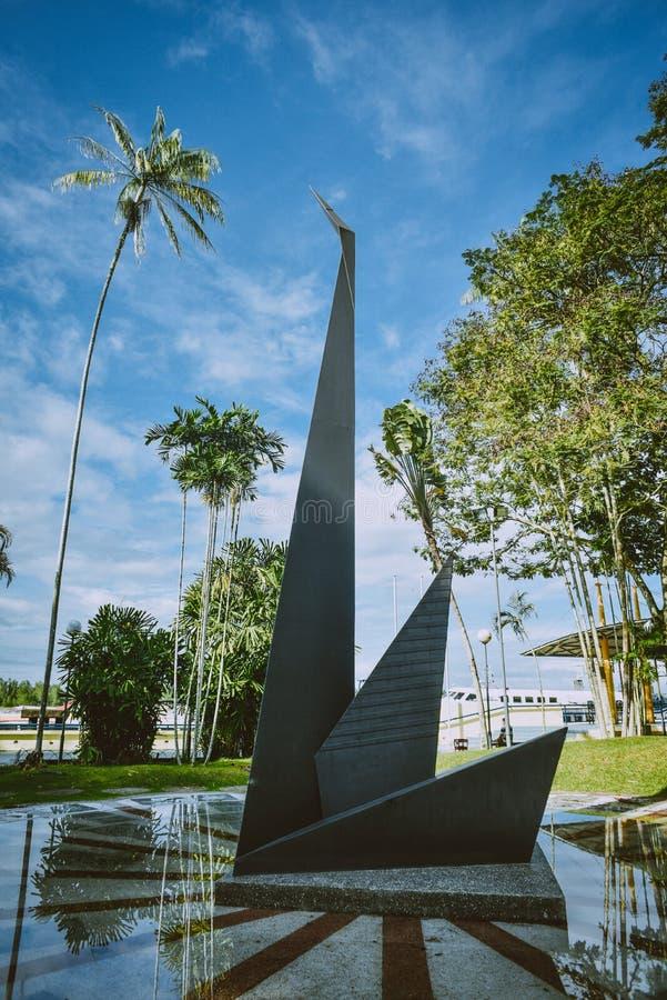 L'icona del ` s di Sibu è il cigno, quindi questa statua pubblica immagini stock libere da diritti