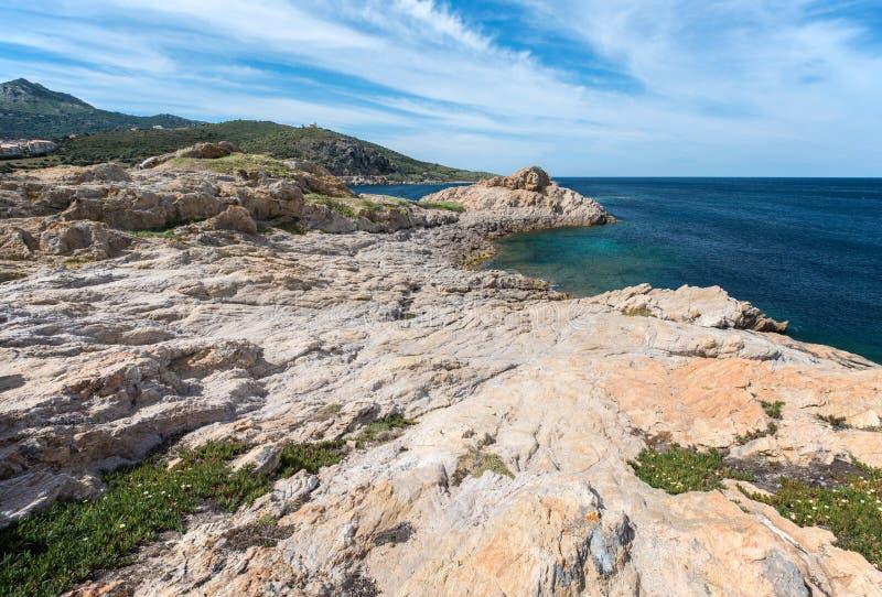 L ` Ile-Rousse skalisty brzeg obrazy stock