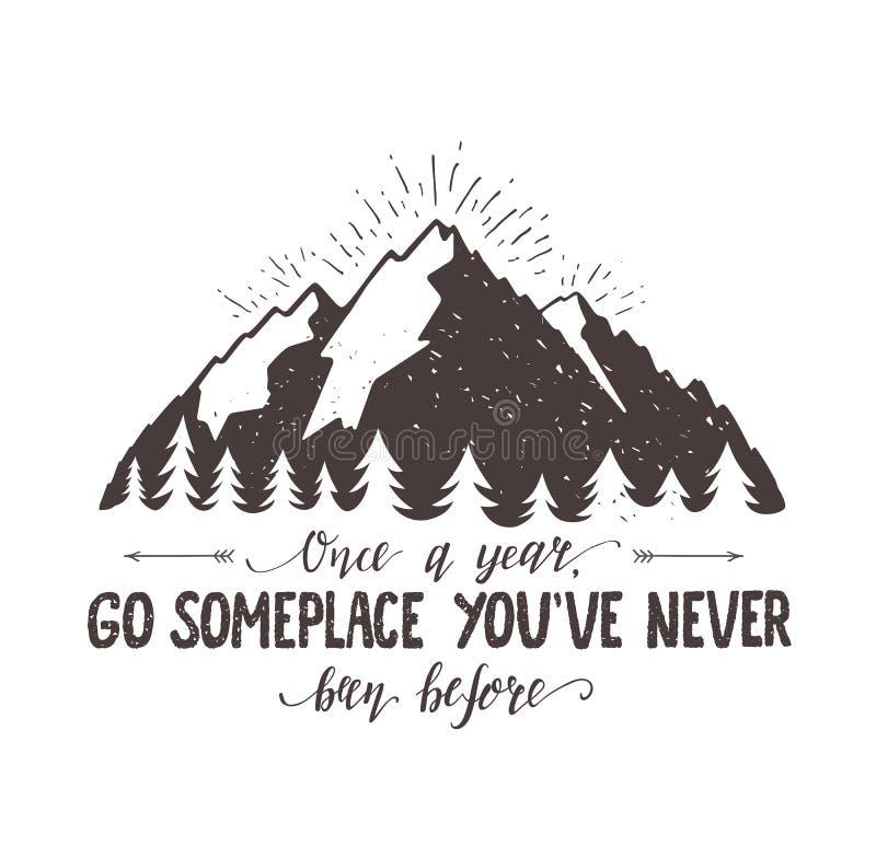 L'illustration tirée par la main de montagne et de voyage de vecteur de forêt pour le T-shirt impriment ou affiche avec la citati illustration libre de droits