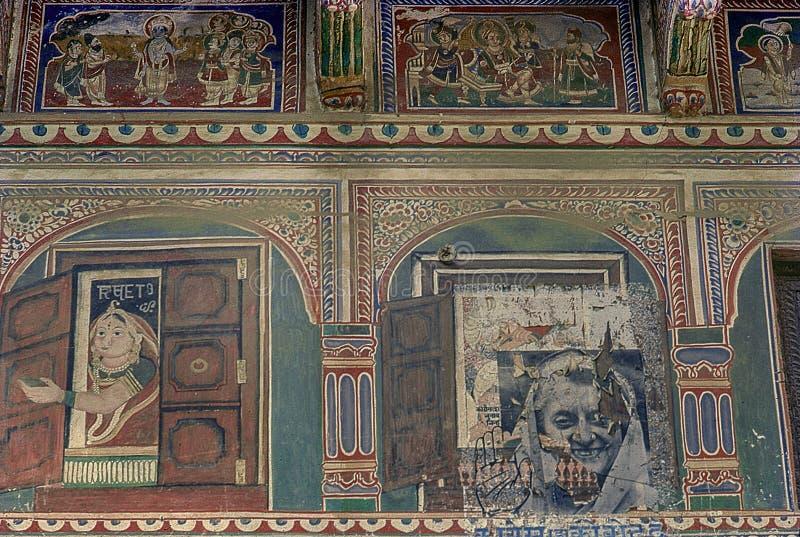 - L'image de cru de la peinture sur le mur était Shekhawati rentré photos stock