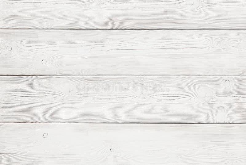 L'image du fond en bois inégal de mur a peint le blanc photos libres de droits