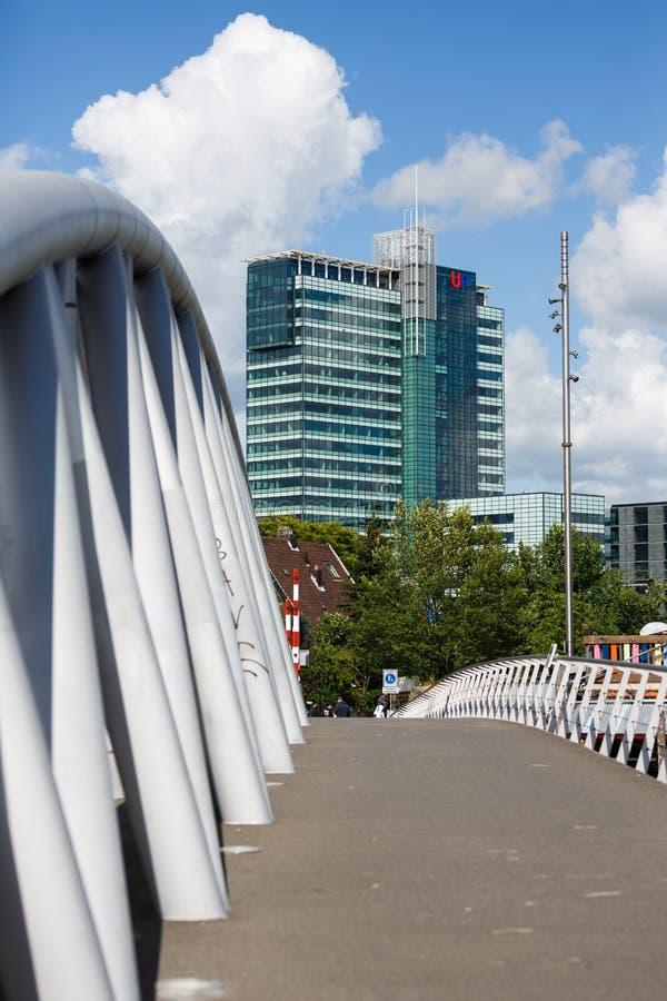 L'immeuble de bureaux à Amsterdam photographie stock