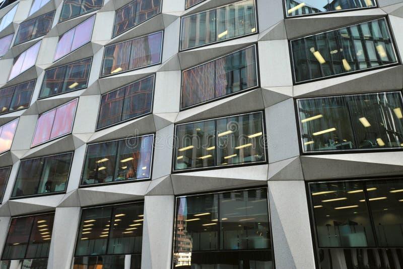 L'immeuble de bureaux de One Coleman Street, conçu par les architectes de renom David Walker et Swanke Hayden Connell images libres de droits