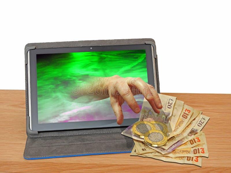 L'incisione del computer del denaro contante della gru a benna della mano che incide il ransomware del Trojan di malware raggira  fotografie stock