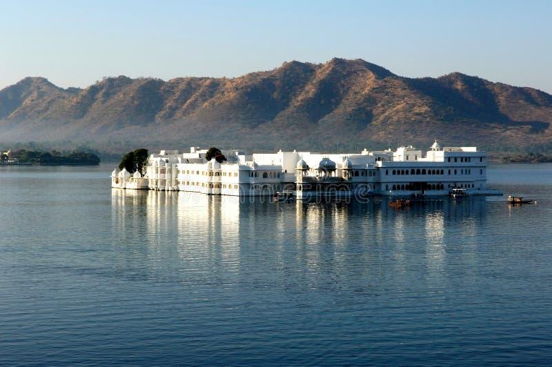 l'Inde, udaipur : Palais de lac images libres de droits